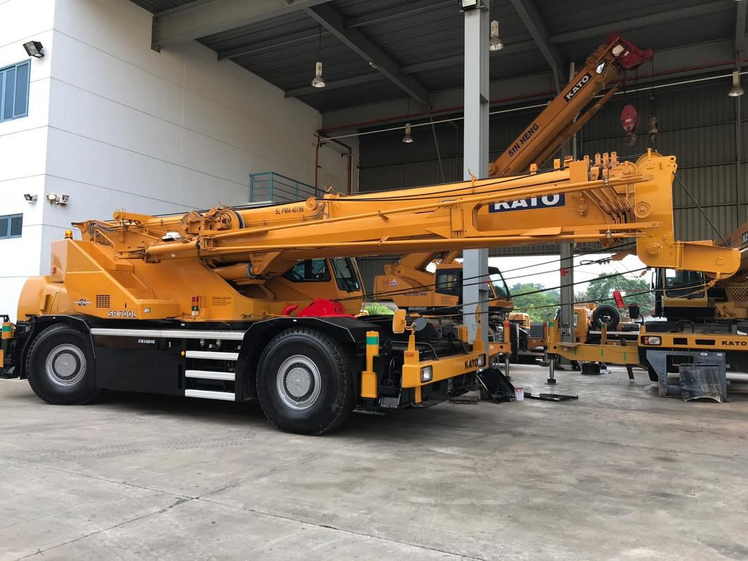 70-tons-mobile-crane-kato